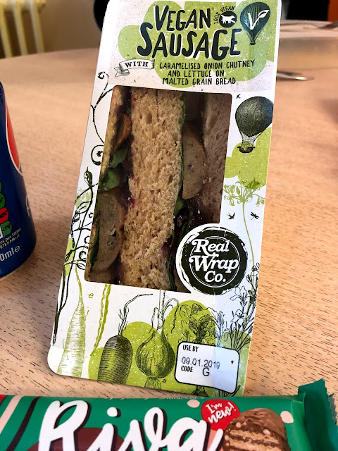 Vegan sausages are the new rock & roll - even in sandwiches