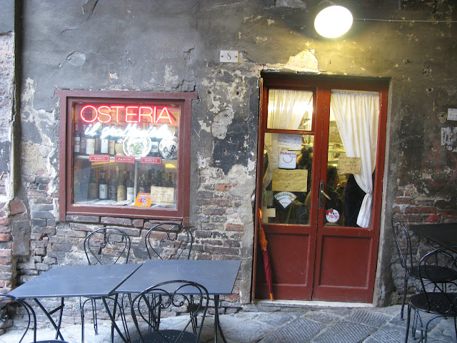 Il Grattacielo - a fabulous osteria (restaurant) in Siena's medieval town center