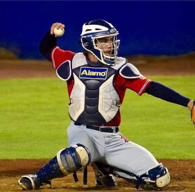El beisbolista tepatitlense Omar Rentería a uno de los mejores equipos de México