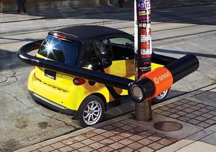 الترويج لسيارة ذكية، من السهل توقيفها والتنقل بها مثل الدراجة لصغر حجمها
