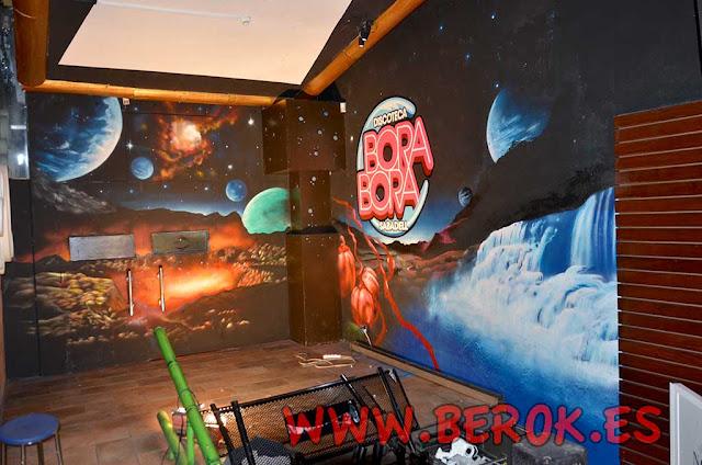 graffiti planetas Bora Bora