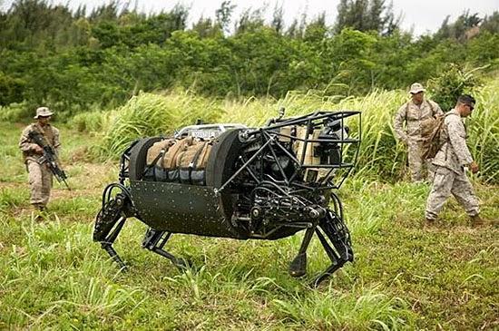 Robô Militar em forma de animal
