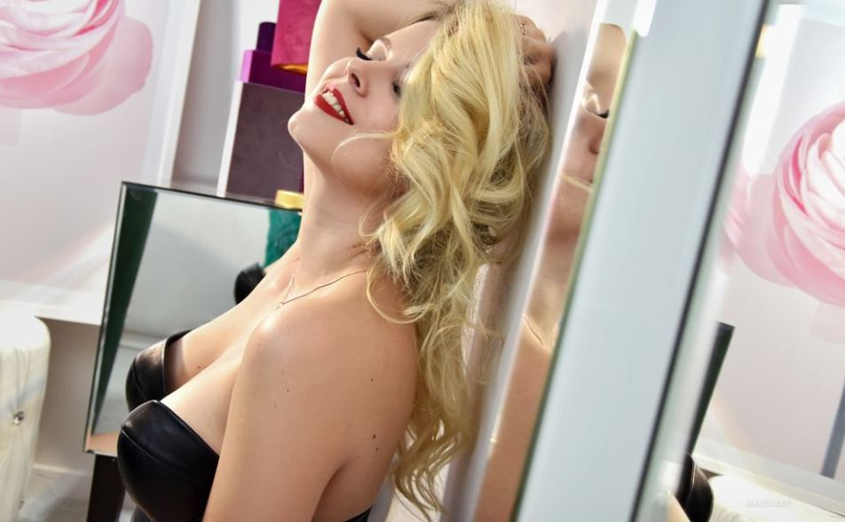AngeliNoir Model  GlamourCams