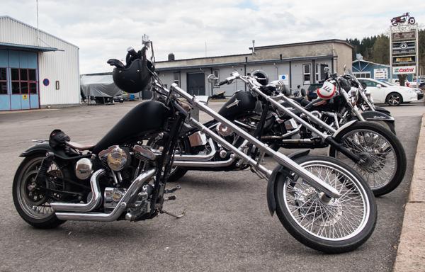 harley davidson chopper sposter rakennettu moottoripyörä kustom custom kustomoitu_