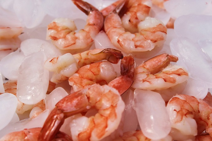 this is shrimp on ice