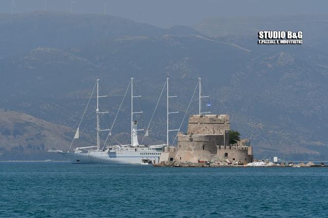Άνοιξε η αυλαία της κρουαζιέρας στο Ναύπλιο - Τετρακάταρτο το πρώτο κρουαζιερόπλοιο