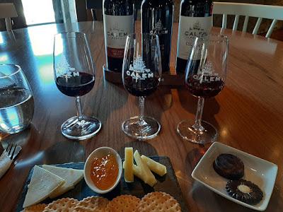 vinho do Porto, queijos e chocolate
