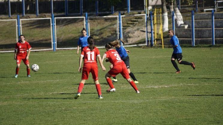 """""""Pisicile Rosii"""" vor juca in Seria 1 a Ligii a 2-a"""
