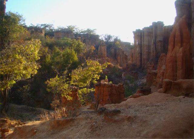 stone-age-site-isimila