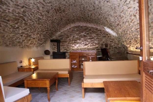 Sacroprofanosacro tempo spazio amministrazione for Arredamento taverna rustica