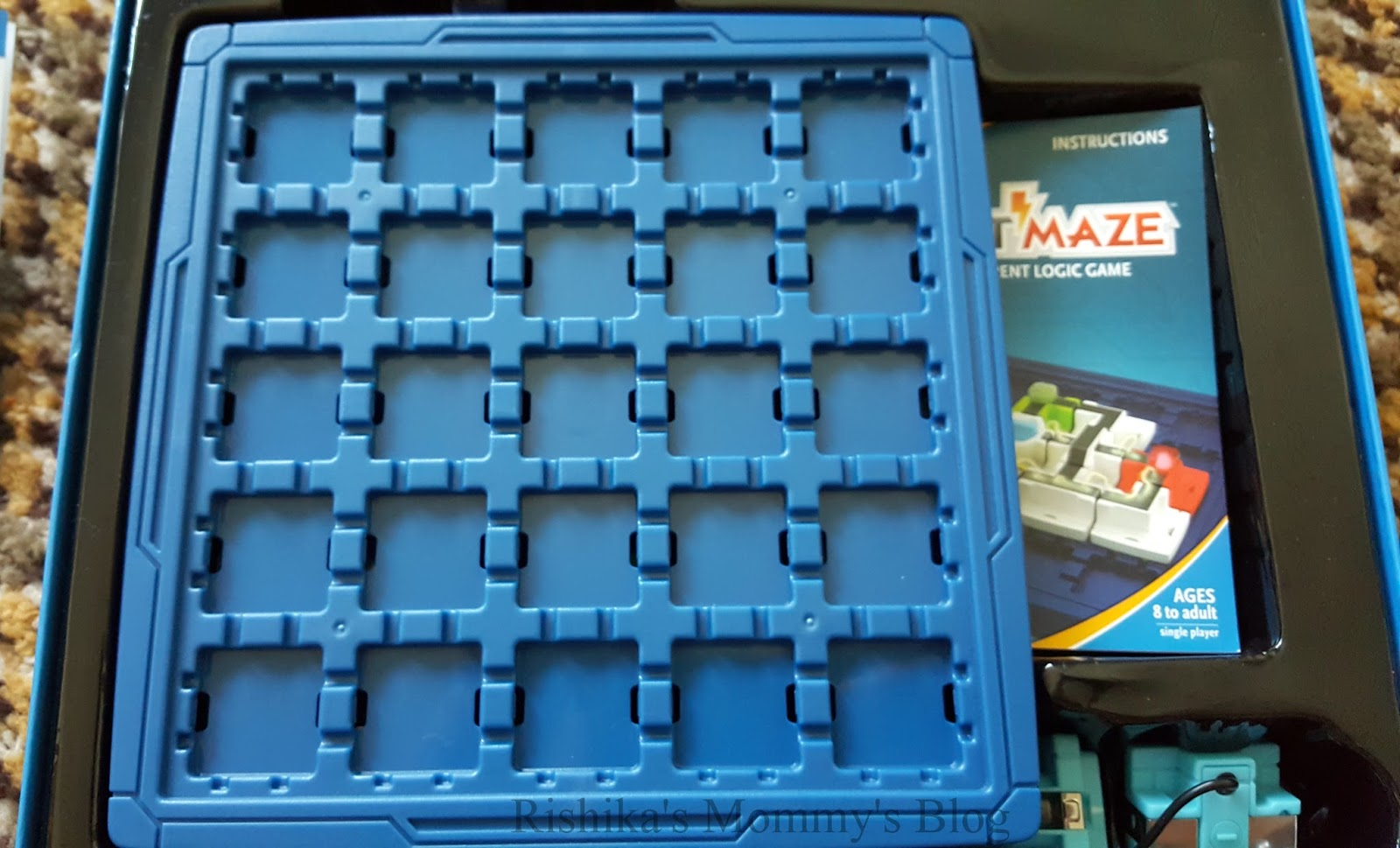 Thinkfun Circuit Maze Puzzle Review Rishikas Mommys Blog This Board Game Will Create A Very Strong Fundamental Knowledge About Electric Circuits In Kids While They Be Having Tons Of Fun