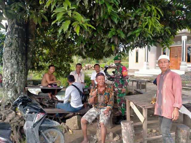 Dengan Cara Komsos Personel Jajaran Kodim 0207/Simalungun Jalin Silaturahmi Dengan Warga Binaan