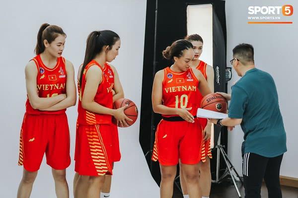 Đồng phục đội tuyển bóng rổ Việt Nam thi đấu SEA Games 30 10