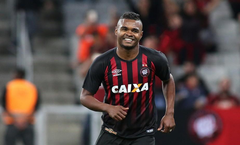 Nikão é um dos principais nomes da Seleção VPC para mitar na segunda rodada do Cartola FC