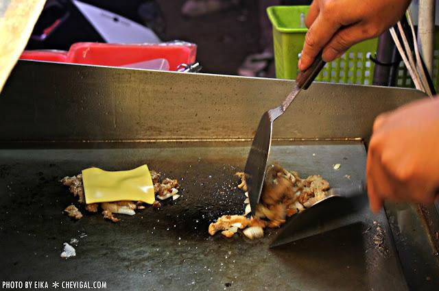 IMG 0025 - 逢甲夜市│古早的味鐵板沙威瑪*鐵板與沙威瑪的奇妙相遇。在地人才知道的美味點心
