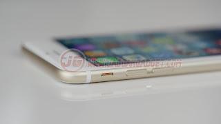 Bagian Samping kanan iPhone 6