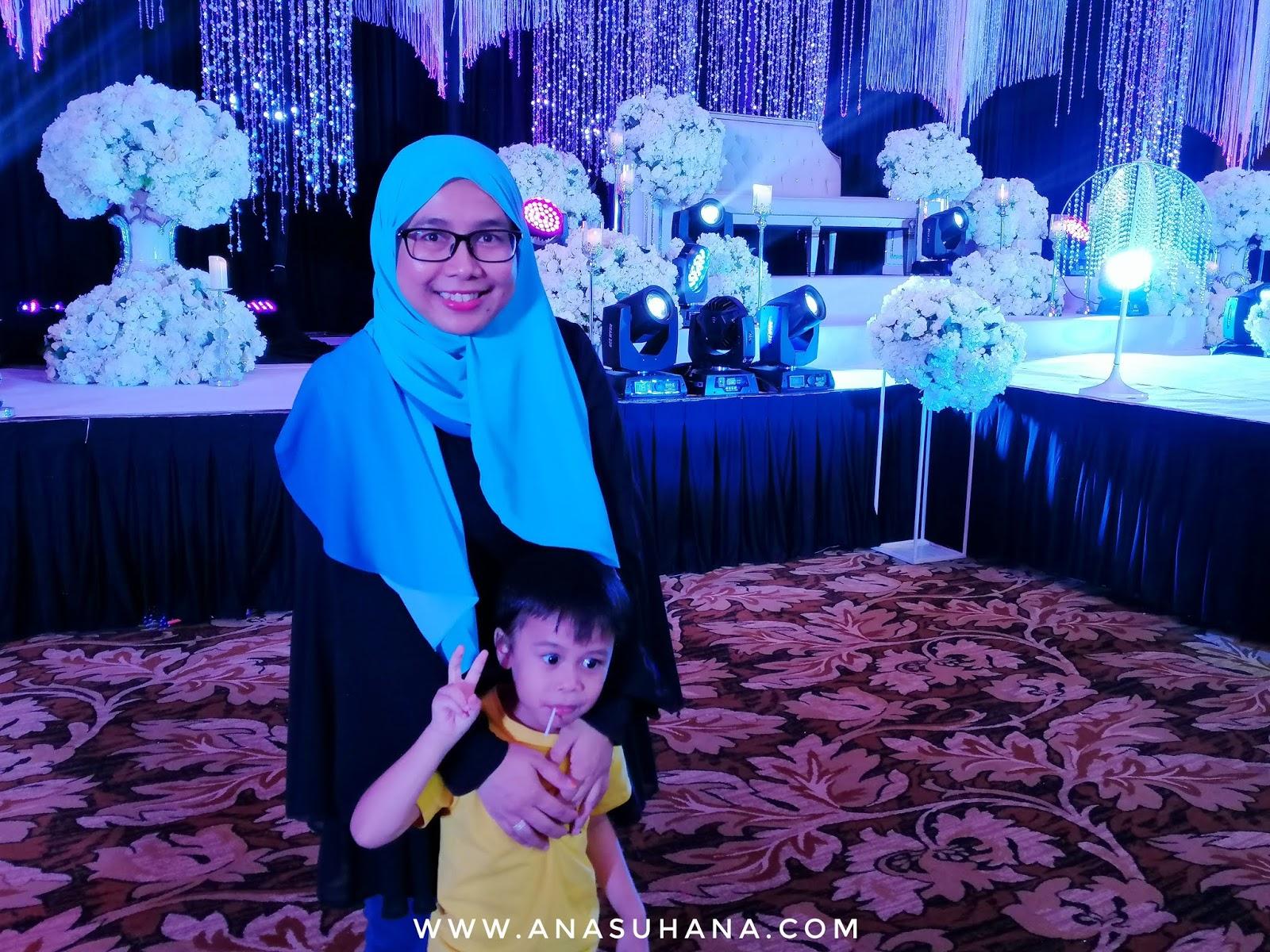 Pakej Perkahwinan di Summit Hotel Subang USJ oleh Wedding Studio