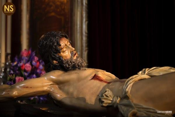La Trinidad renueva con las Tres Caídas de Triana