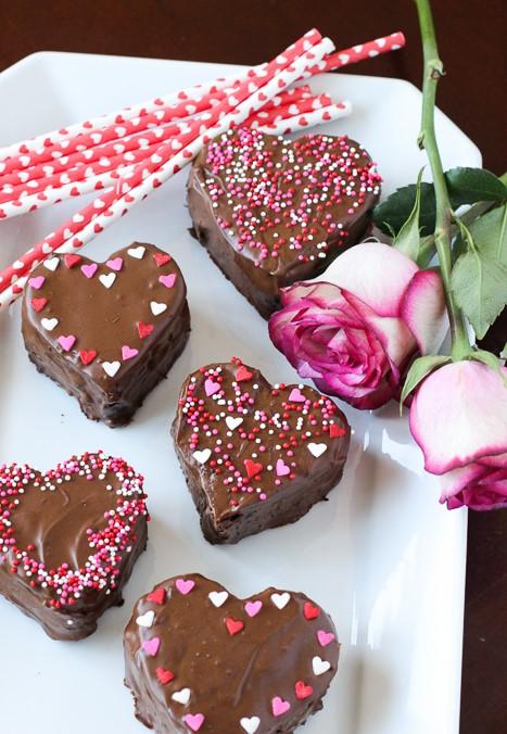 Valentine's Day - Easy Chocolate Cake Recipes