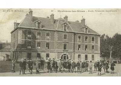 Ancienne gendarmerie devenue Ecole Primaire Supérieure, carte postale (collection musée)