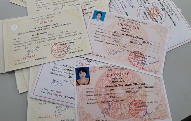 Gia Lai: Nhiều cán bộ, viên chức mua văn bằng, chứng chỉ giả