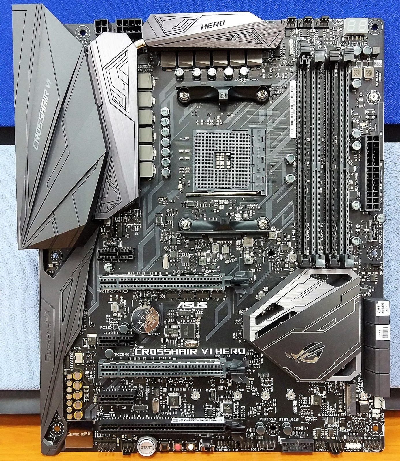 A look at the ASUS ROG CROSSHAIR VI HERO Motherboard - The Tech