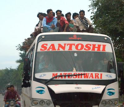 coche-conductor-india