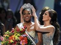 Foto Leila Lopes Pemenang Miss Universe