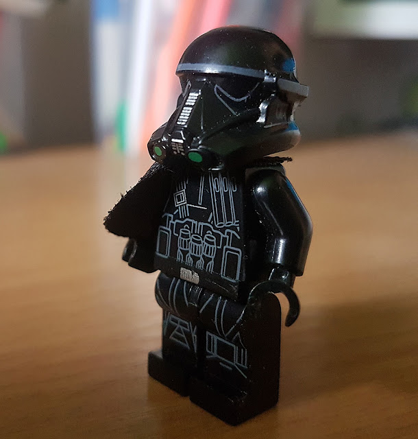 Death Trooper lego minifigure