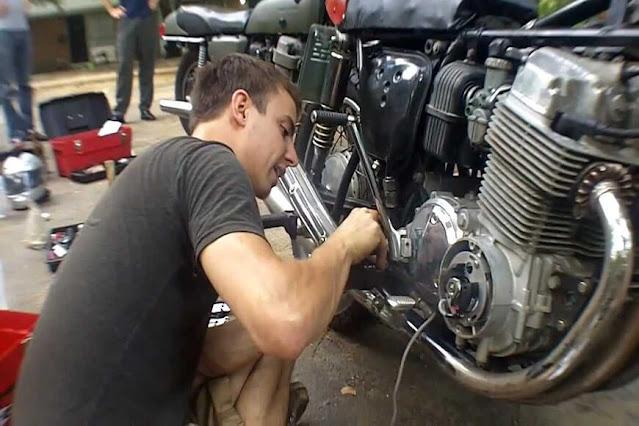 Analisa Usaha Bengkel Sepeda Motor