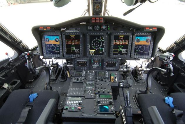 Sikorsky CH-148 Cyclone cockpit