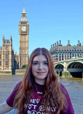 Ana Izquierdo, la escritora del libro Otoño en Londres