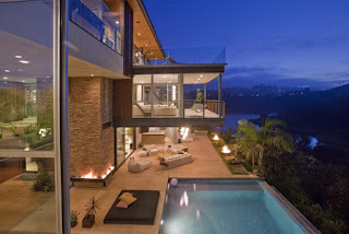 Justin Bieber House - Beautiful View