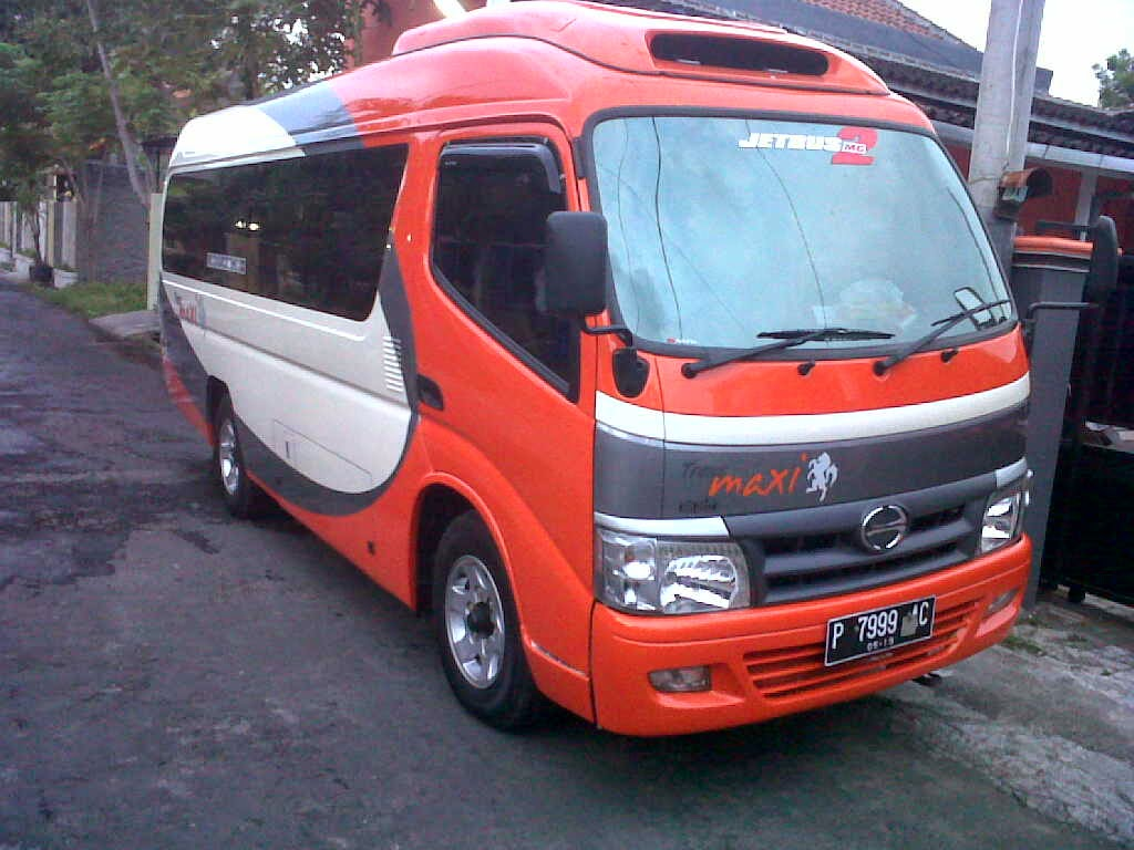 Hino Dutro Long - Executive Class