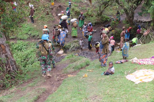 Satgas TNI Konga XXXIX-B Selamatkan Korban Penembakan Kelompok Bersenjata
