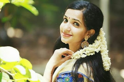 Nayika Nayakan contestant Malavika Krishnadas