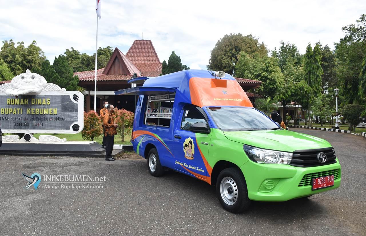 Pemkab Kebumen Terima Bantuan Mobil Perpustakaan Keliling dari Perpusnas RI