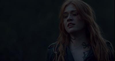 SHADOWHUNTERS - Katherine McNamara parla della scioccante decisione di Clary nel season