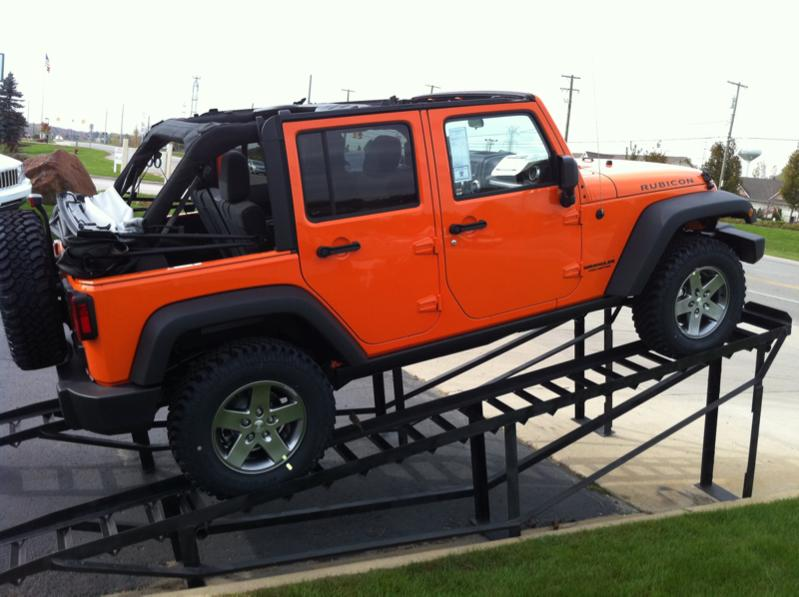 P Zps A B likewise Img also  also  likewise Zps F Nivqk. on 2010 jeep wrangler transmission cooler lines