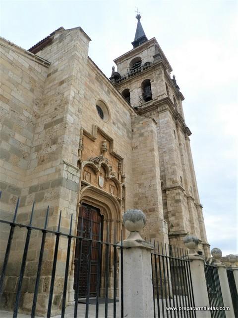 catedral de Alcalá de Henares en Madrid