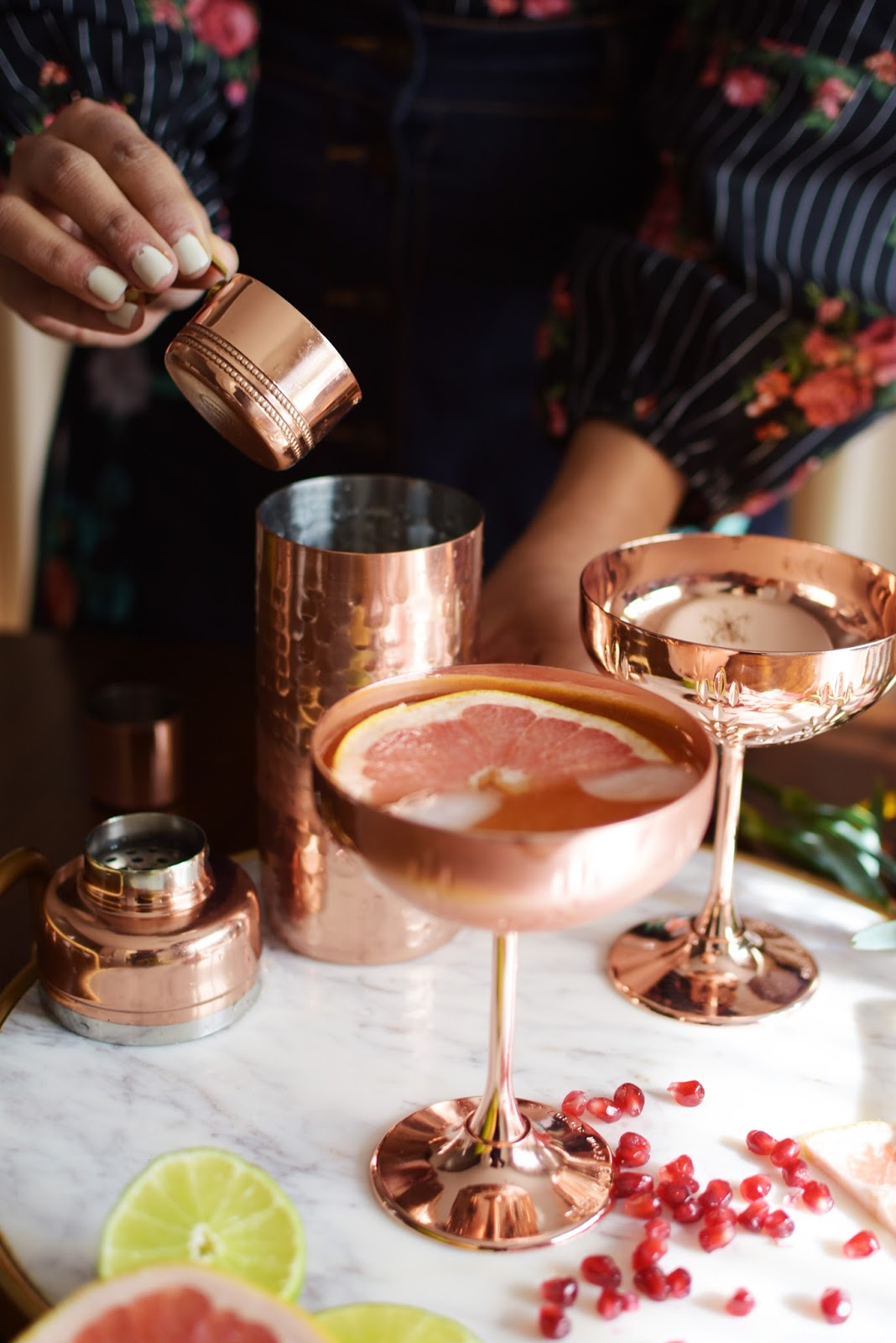 holiday cocktail, thanksgiving cocktail, absolut elyx, copper makes it better, copper vessel drink, fennel grapefruit vodka drink, entertaining, hostess drink, myriad musings, drink, cocktails