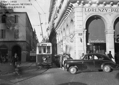 بطاقات بريدية لشارع باب عزون الجزائري 1958