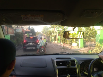 Jual mobil bekas Surabaya