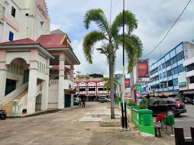 Plaza Rengat Semakin Tak Terawat