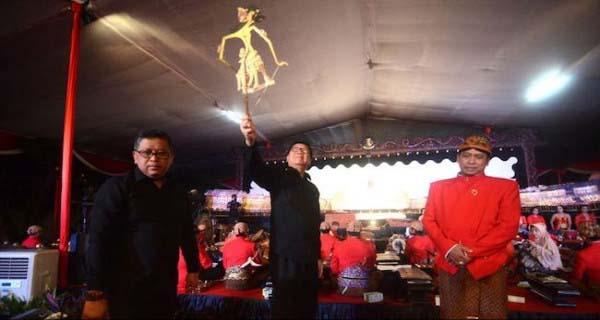 Mengagetkan! PDIP Wayangan Peringati Kudatuli, Hasto Katakan di Yogyakarta Ada Sengkuni