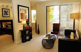 Memiliki ukuran ruang tamu yang kecil sanggup dianggap kurang puas dekorasi ruang tamu kecil