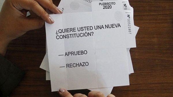 Cámara de Diputados posterga plebiscito constitucional en Chile