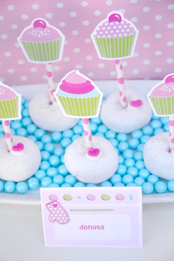 Anniversaire Girly Thème Cupcakes Rose | BirdsParty.fr