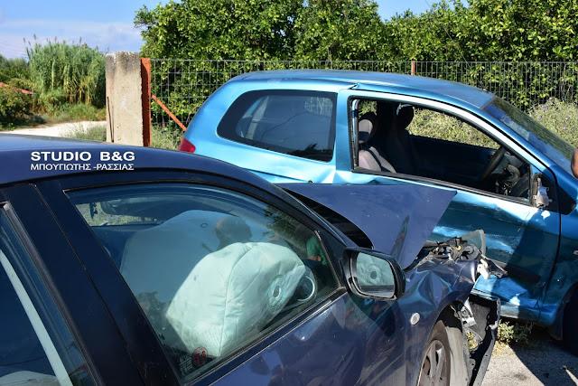 Σύγκρουση αυτοκινήτων στο Ναύπλιο - Από θαύμα δεν είχαμε θυματα