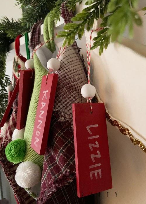 How to make stocking name tags